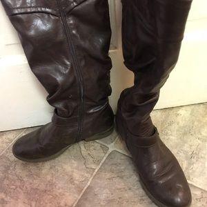 Dark brown pleather boots